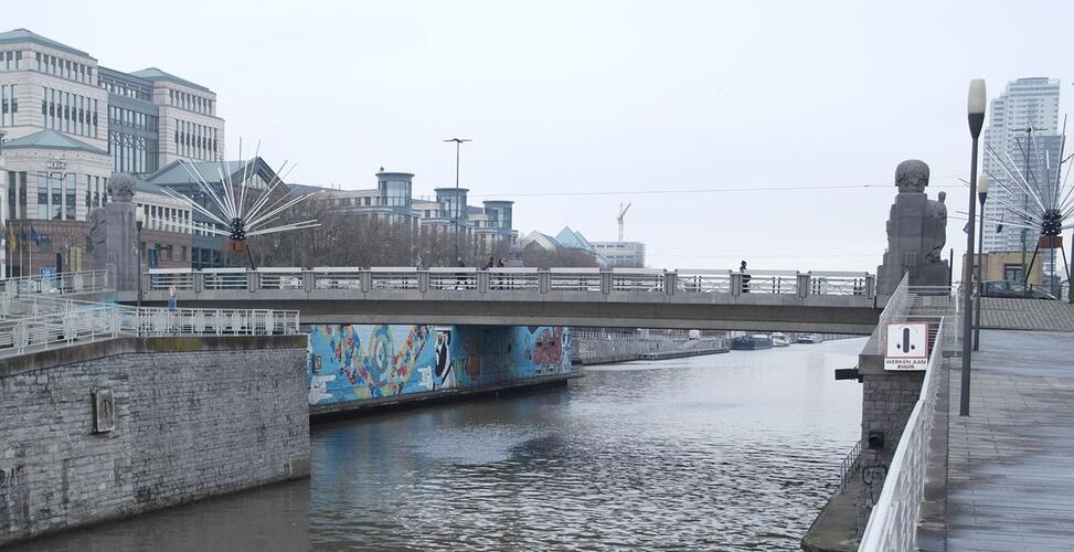 Place Sainctelette, Pont Sainctelette, 2016