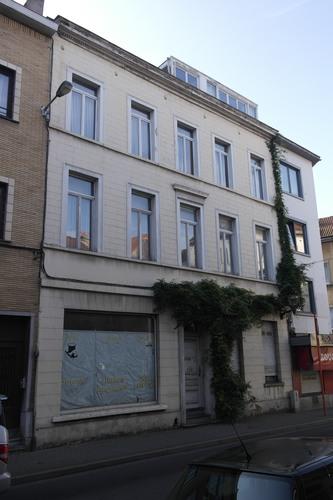 Rue de l'Eglise Sainte-Anne 32, 2014