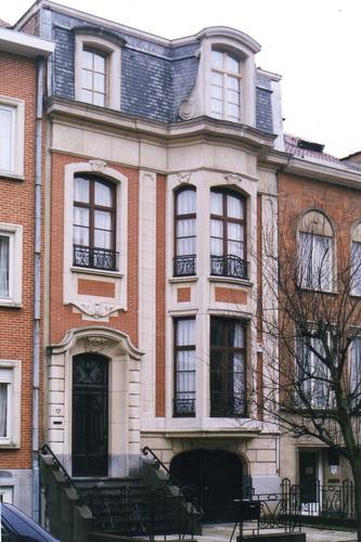 Avenue Père Damien 17, 2002