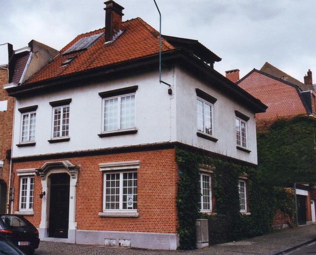 Rue Père Eudore Devroye 66, 2002