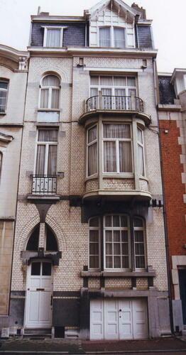 Rue André Fauchille 16, 2002