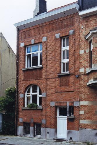 Rue François Gay 84, 2002