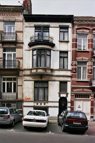 Rue Georges et Jacques Martin 16, 2005