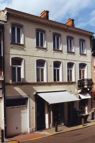 Louis Thysstraat 4-6 en 8, 2002