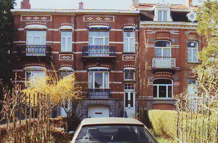 Rue Vandenhoven 72 et 74, 2002