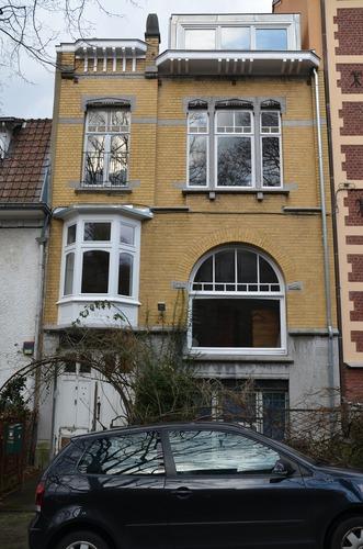 Rue Henri Van Zuylen 30