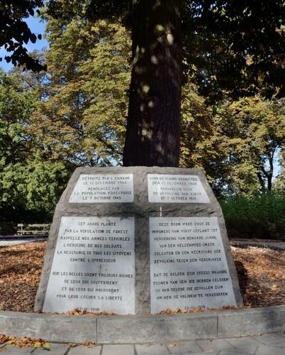 Le Monument et l'Arbre de la Liberté , 2016