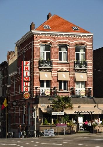 Brand Whitlocklaan 100 - Georges Henrilaan 417, 2011