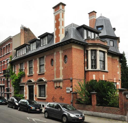 Rue Bâtonnier Braffort 56, 58 Avenue des Deux Tilleuls 1, 3