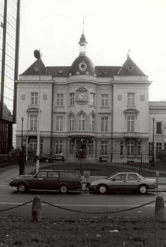 Avenue de l'Astronomie 13, Hôtel communal (photo 1993-1995)