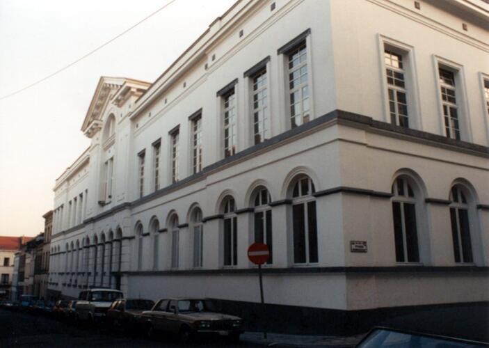 Rue du Chalet 1, école communale Joseph Delclef et académie de dessin (photo 1993-1995)