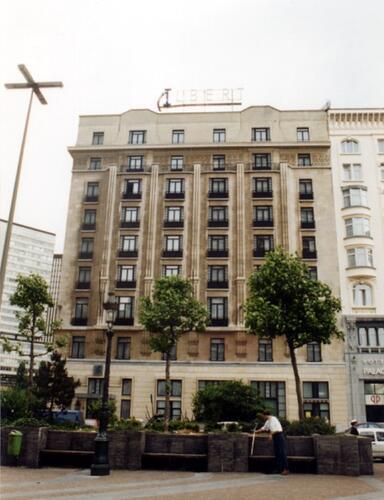 Place Charles Rogier 17-21, hôtel Albert Ier (photo 1993-1995)