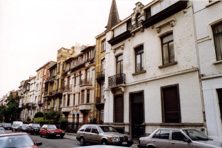 Avenue Georges Petre, à droite le no 6 (photo 1993-1995)