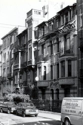 Georges Petrelaan 12 tot 16 (foto 1993-1995)