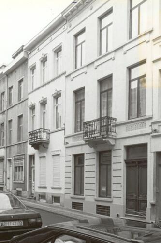 Rue Hydraulique, de gauche à droite les nos 31, 33 et 35, 1993