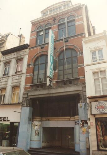 Chaussée de Louvain 44, anc. magasin de l'Union économique (photo 1993-1995)