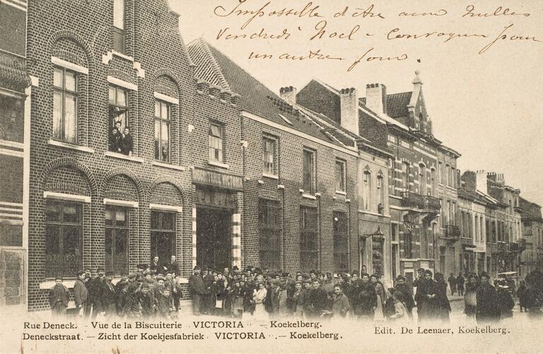 Rue De Neck 22 à 26, ancienne Chocolaterie-Biscuiterie Victoria, vers 1903 (Collection Belfius Banque-Académie royale de Belgique © ARB – urban.brussels, DE41_110)