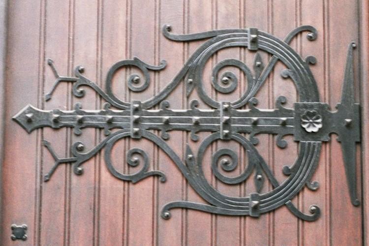 Hengsel, synagoge, Regentschapsstraat 32, Brussel, 1875-1878, arch. D. De Keyser, 2005