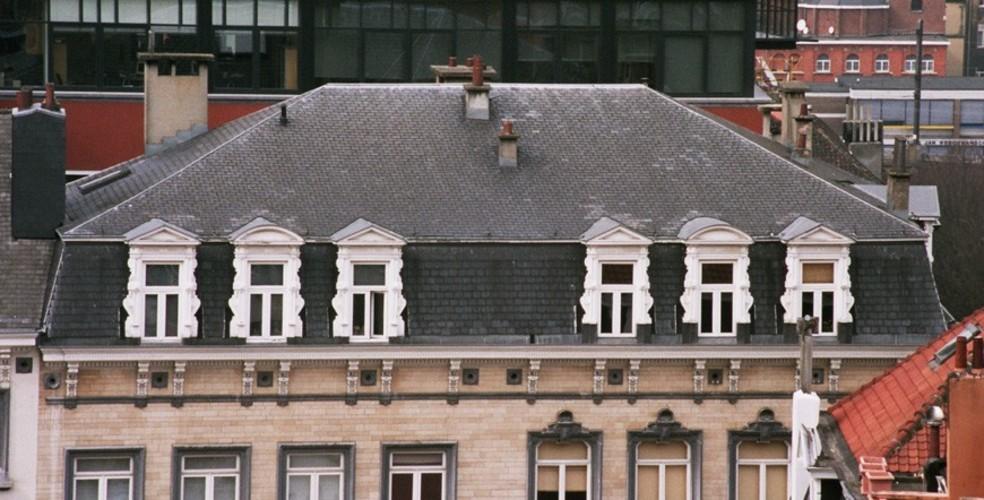 Mansardedak, Hoogstraat 139-141, Brussel, 1865, arch. A. Schoy, 2005