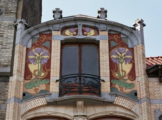 Décor de sgraffites, chaussée de Waterloo 13, Saint-Gilles, 1900, architecte Ernest Blérot, 2004