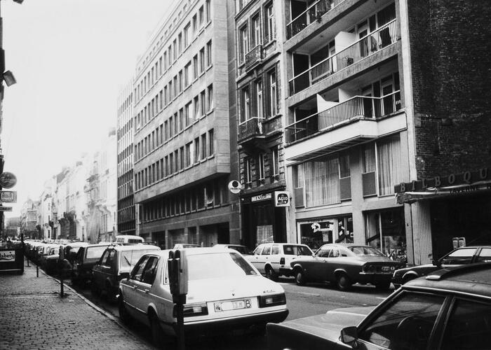 rue de l'Association, n° impairs, vue depuis la rue Royale vers la place de la Liberté, 1984