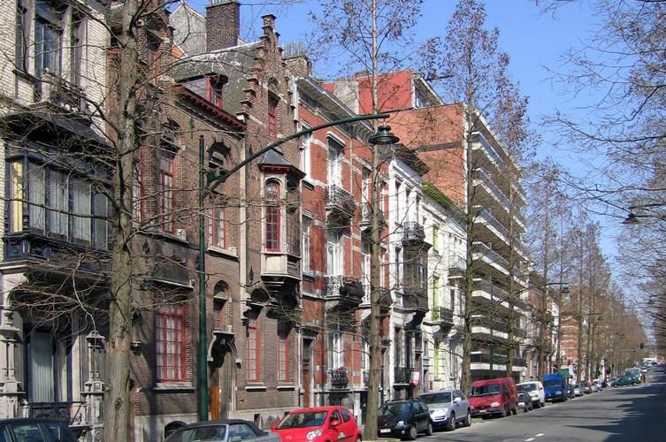 Avenue de la Brabançonne, premier tronçon côté pair, 2007