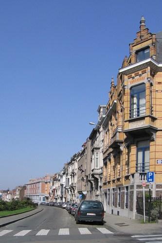 Boulevard Clovis, vue du côté pair depuis le square Ambiorix, 2007
