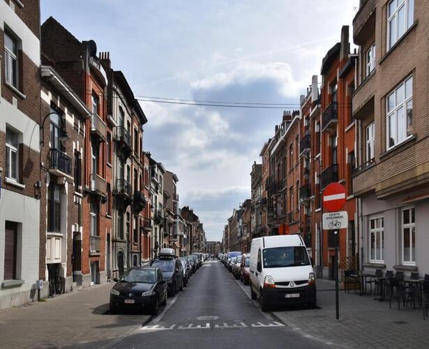 Rue Edmond Tollenaere, vue depuis la rue Léopold Ier, 2017