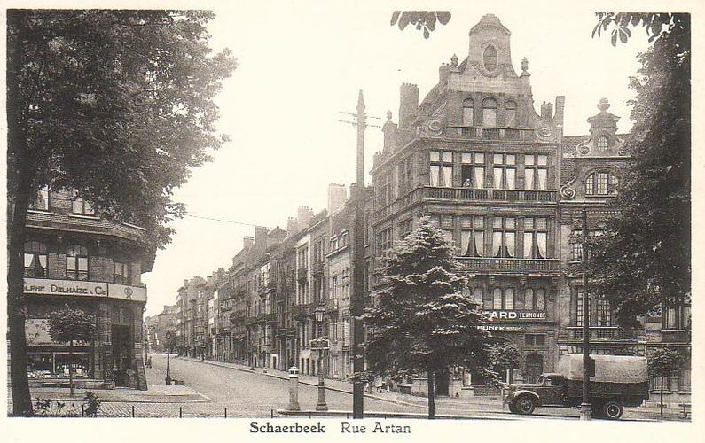 Vue de la rue Artan depuis la place des Bienfaiteurs, (Maison des Arts de Schaerbeek/fonds local)