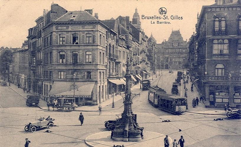La Barrière de Saint-Gilles vers l'avenue Paul Dejaer (Collection de Dexia Banque, s.d.)