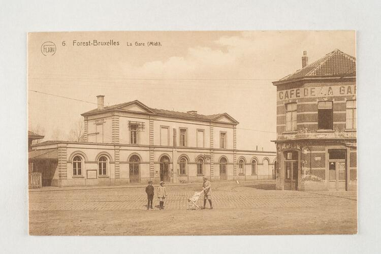 Place de la Station et gare de Forest-Midi, s.d, Collection Belfius Banque - Académie royale de Belgique ©ARB-urban.brussels