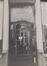 Place du Grand Sablon 44-45, détail porte à l'angle rue des Minimes 2-10, 1984