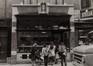 rue Haute 146. Ancienne Pâtisserie de la Chapelle, détail rez., 1980