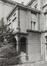 rue aux Laines 23. Hôtel de Mérode-Westerloo, détail façade place Poelaert., 1980