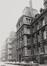 Leuvenseweg 15 tot 21. Voormalig Ministerie van de Spoorwegen, Post, Telegrafie en Zeevaart, binnenblok Leuvenseweg, Drukpersstraat, Hertogstraat en Henri Beyaertstraat, 1981