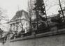 place des Palais. Palais Royal. Ancien Hôtel de Belle-Vue ; Pavillon sud-ouest, façade arrière depuis l'impasse du Borgendael., 1981