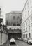 place Royale 7-8, impasse de Borgendael. Portiques et façades des immeubles bordant la place Royale; Église Saint-Jacques sur Coudenberg. Cour d'Arbitrage; façade latérale de l'église et façade arrière du n° 7-8 depuis l'impasse de Borgendael., 1981