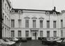 place Royale 11-12. Portiques et façades des immeubles bordant la place Royale, aile d'entrée dans la cour, 1980