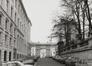 place Royale 7-8impasse de BorgendaelPortiques et façades des immeubles bordant la place Royale ; Église Saint-Jacques sur CoudenbergPortique de l'impasse du Borgendael ; Cour d'Arbitrage, 1981
