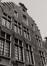 rue des Éperonniers 7-11. Galerie Agora, détail étages façade écran n° 9-11., 1980