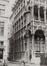 Grand-Place, angles rue Chair et Pain et rue des Harengs.Maison du Roi, ancienne Halle au Pain, Musée de la Ville, 1981
