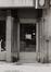 Rue Haute 131-133, 135. Ensemble de maisons traditionnelles, détail porche, 1980
