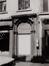 Rue Haute 131-133, 135. Ensemble de maisons traditionnelles, détail porche, 1984