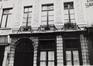 rue du Marché au Charbon 66. Ensemble de trois maisons traditionnelles, détail rez, 1984