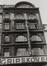 rue du Marché aux Poulets 37-39. Ancienne pharmacie Gripekoven, détail étages, 1980