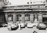 Rue du Midi 144. Académie Royale des Beaux-Arts, grande cour, façade ouest, 1985