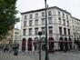Saint-Jean 6 (place)<br>Duquesnoy 45 (rue)<br>Saint-Jean 7, 8 (place)