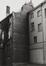 rue des Tanneurs 59, 65, ancien Refuge de l'abbaye bénédictine de Gembloux ; Anciens magasins Jules Waucquez & Cie. Archives de la Ville de Bruxelles, façade arrière des n° 59 et 65., 1980