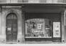 Rue des Teinturiers 11-15, détail devanture, 1980