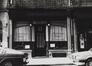 Rue des Teinturiers 17-19, angle rue du Marché au Charbon, détail devanture, [s.d.]